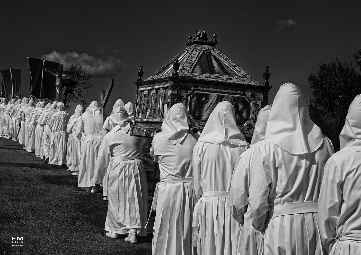 Procesión del Santo Entierro - Viernes Santo en Bercianos de Aliste